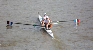 Three wins at Pairs Head